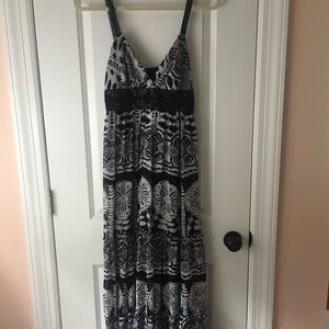 Black and white Maxi Dress Size 4